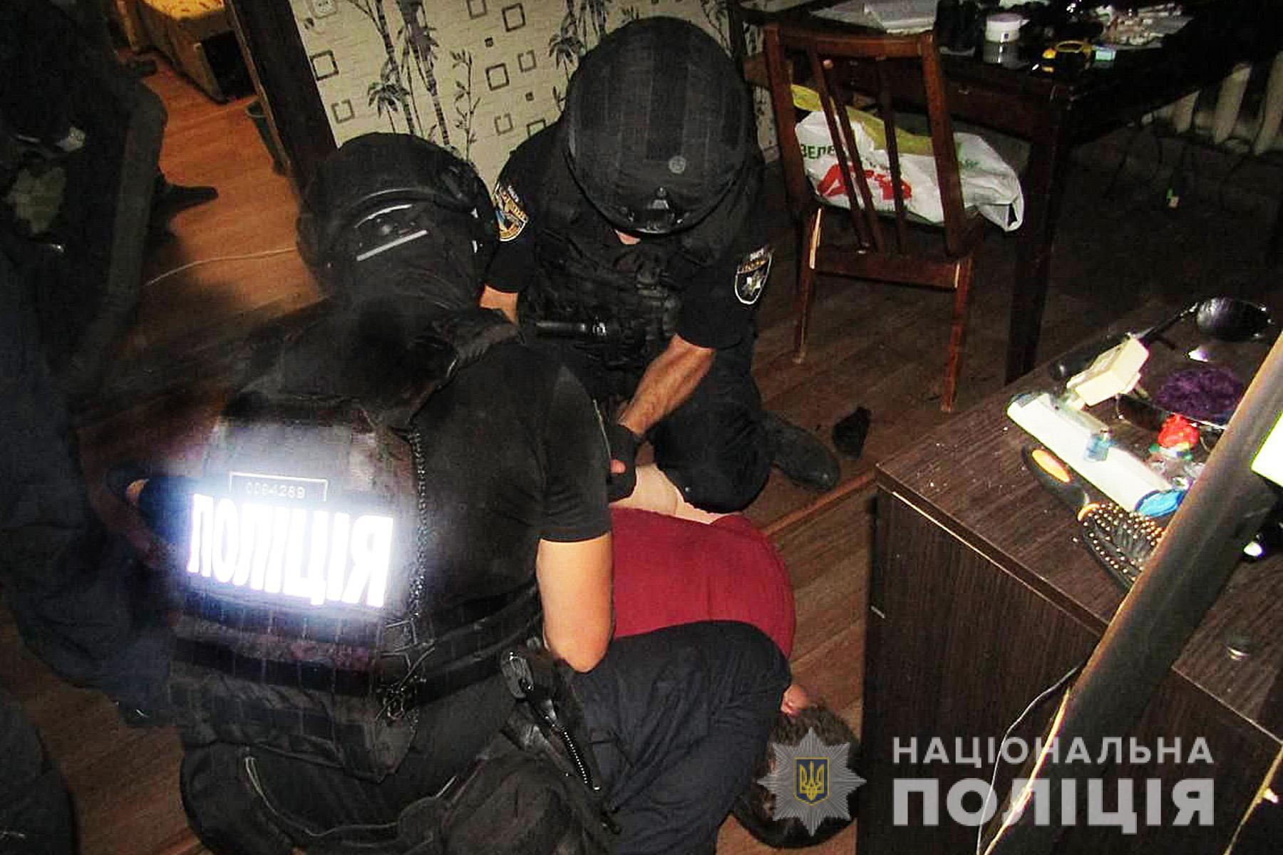 О преступлении полицейским сообщили родственники девочки.