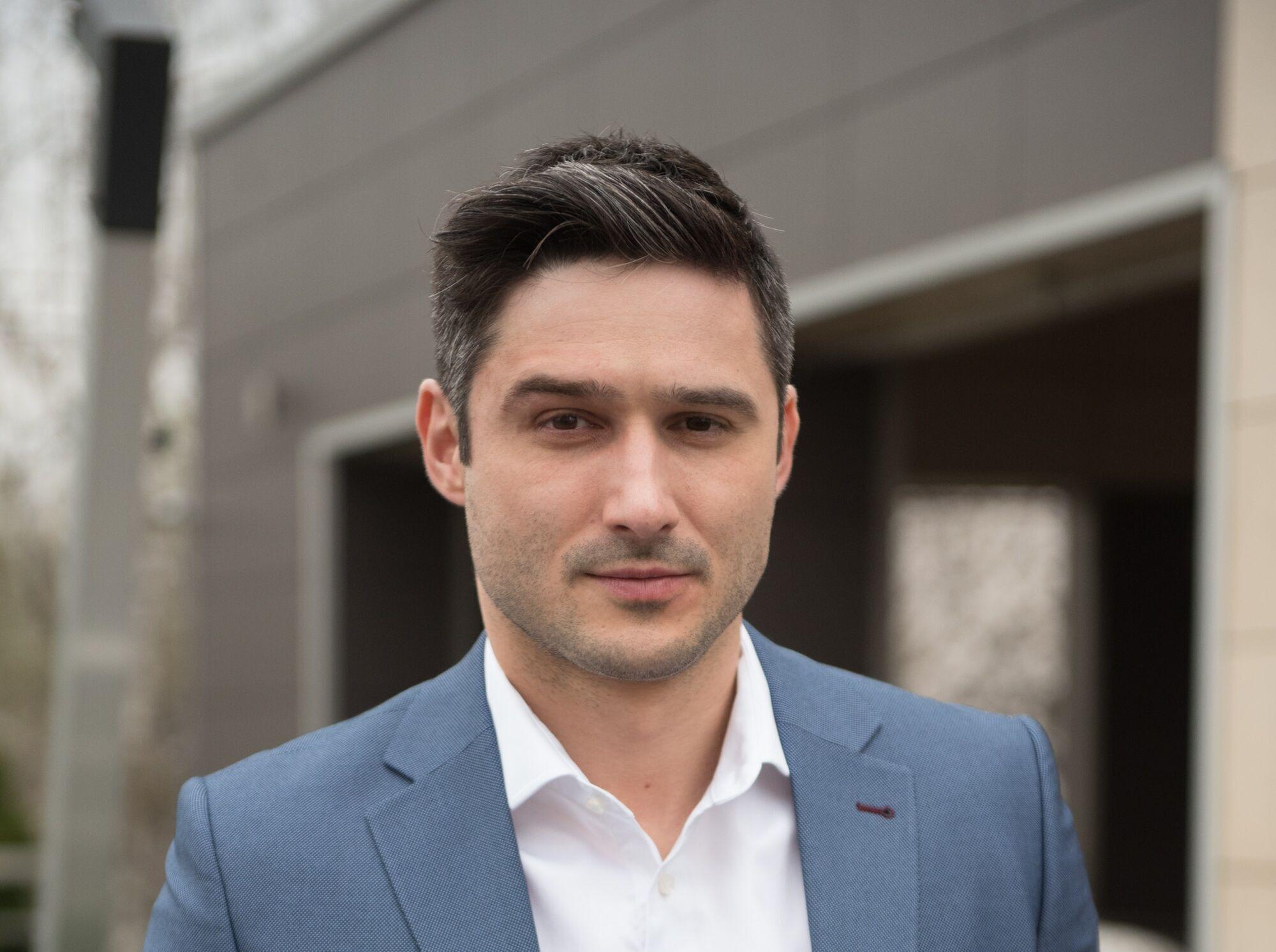 Актер Андрей Фединчик.