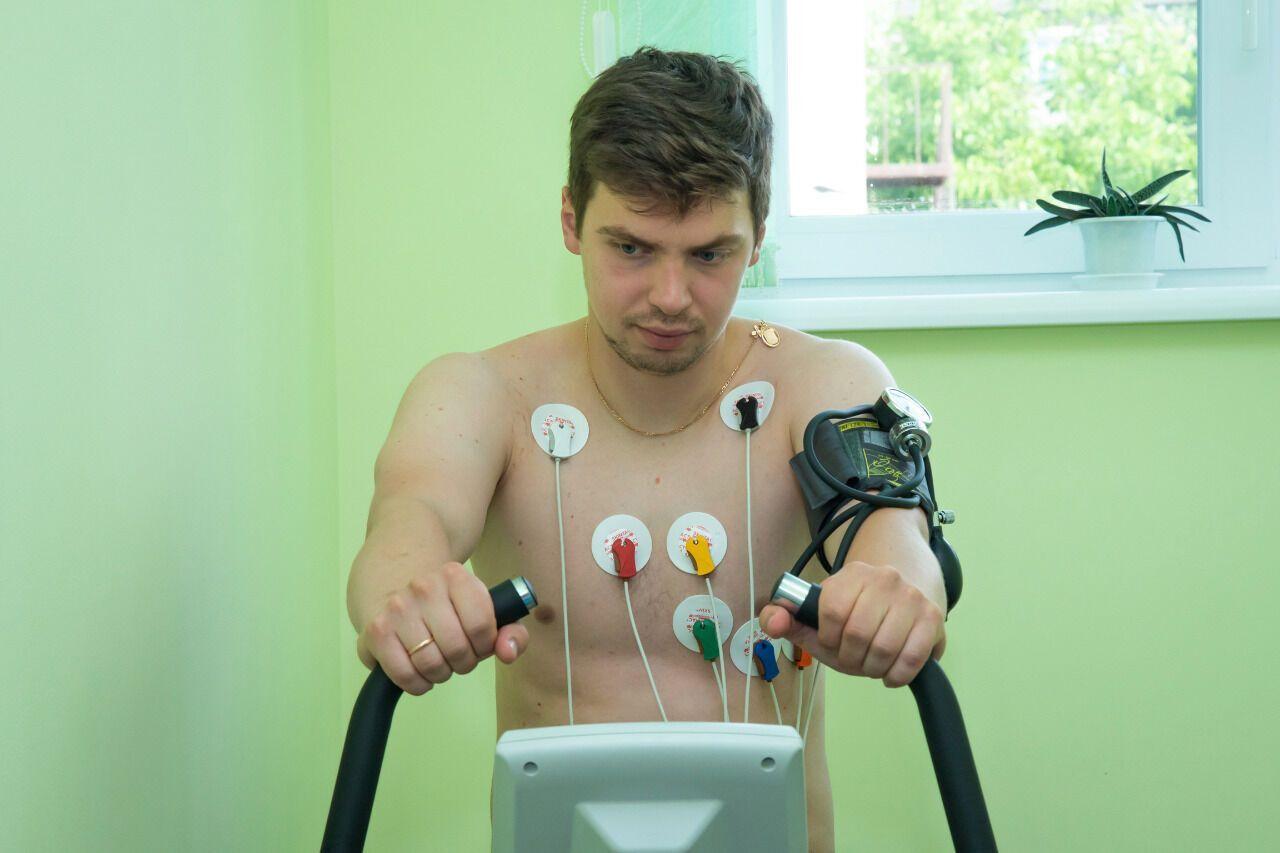 """Гравці основної команди ХК """"Донбас"""" пройшли медичний огляд"""