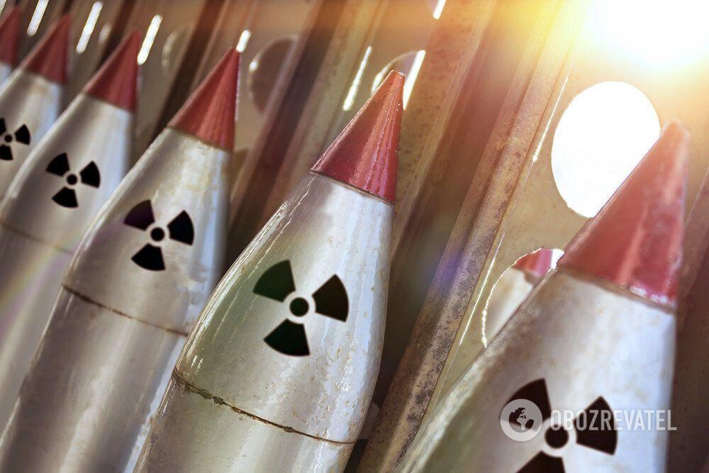 """В так называемом """"ядерном клубе"""" состоят девять стран"""