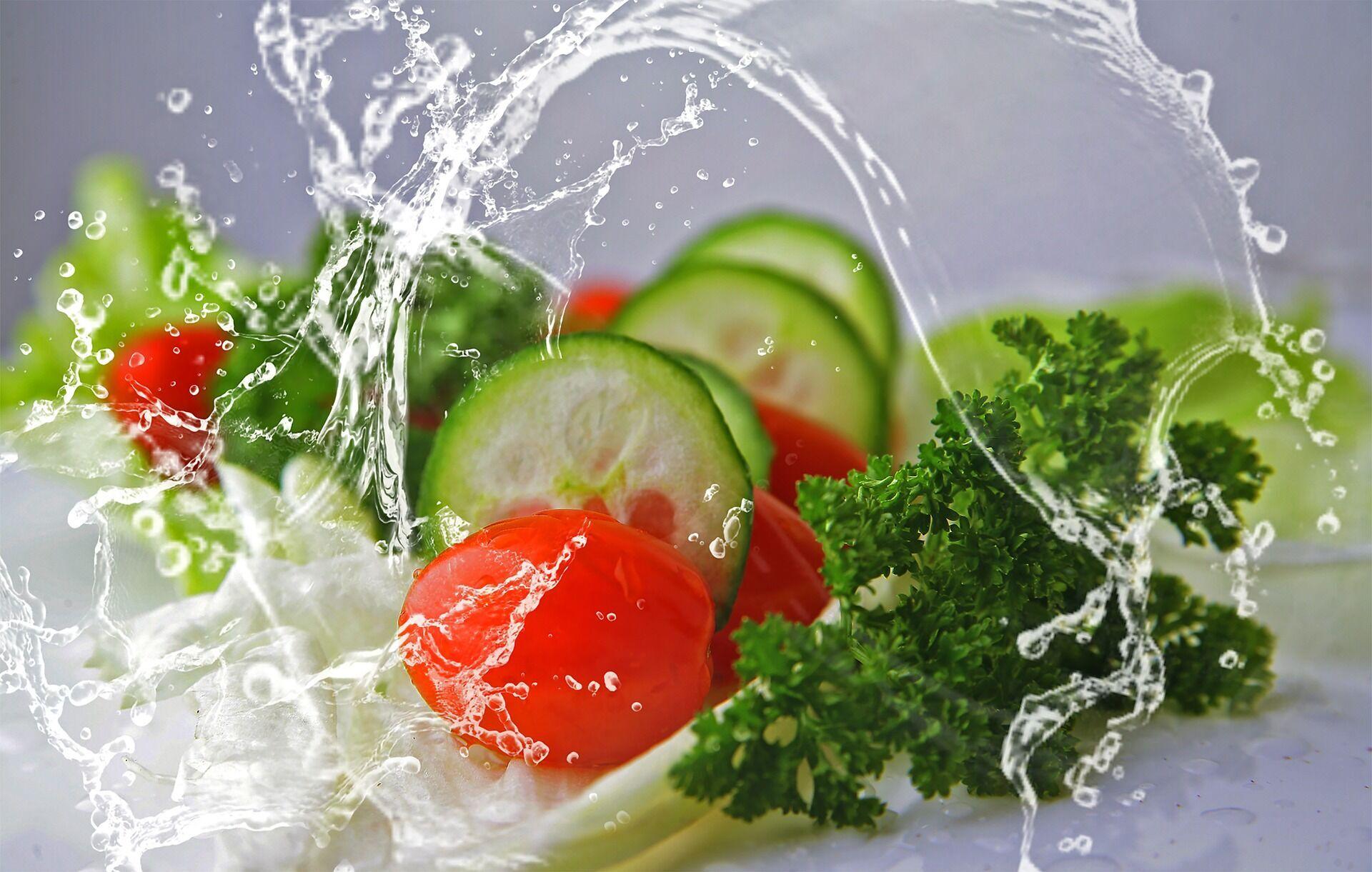 Огірок на 97% складається з води