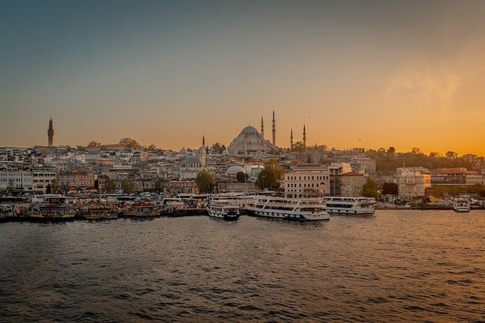 Закат в Стамбуле.