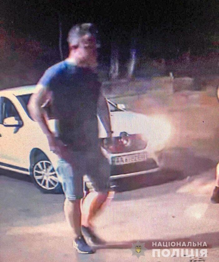 Быстро установить личность вандала удалось благодаря камерам видеонаблюдения