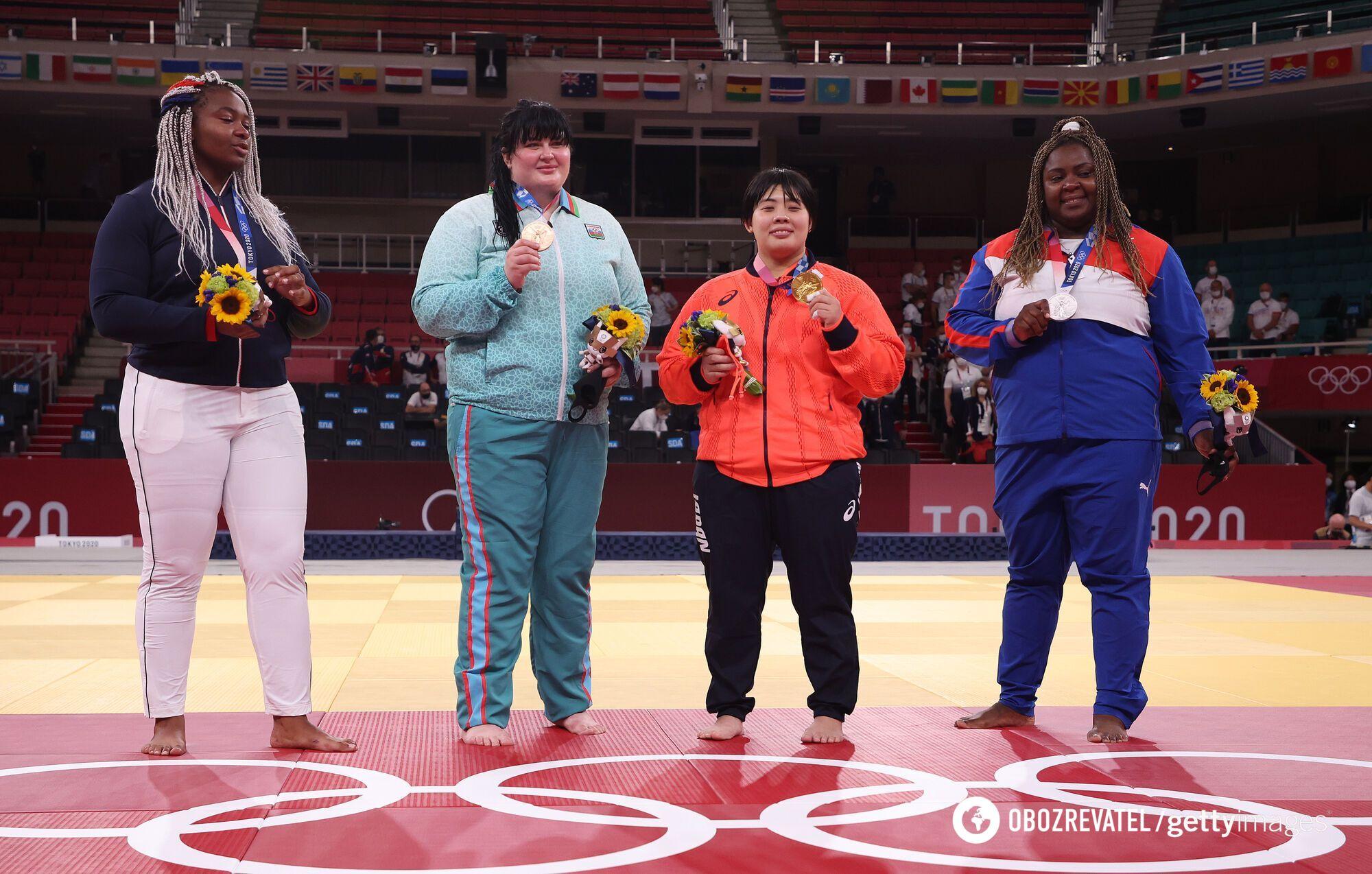 Кіндзерська з іншими призерками.