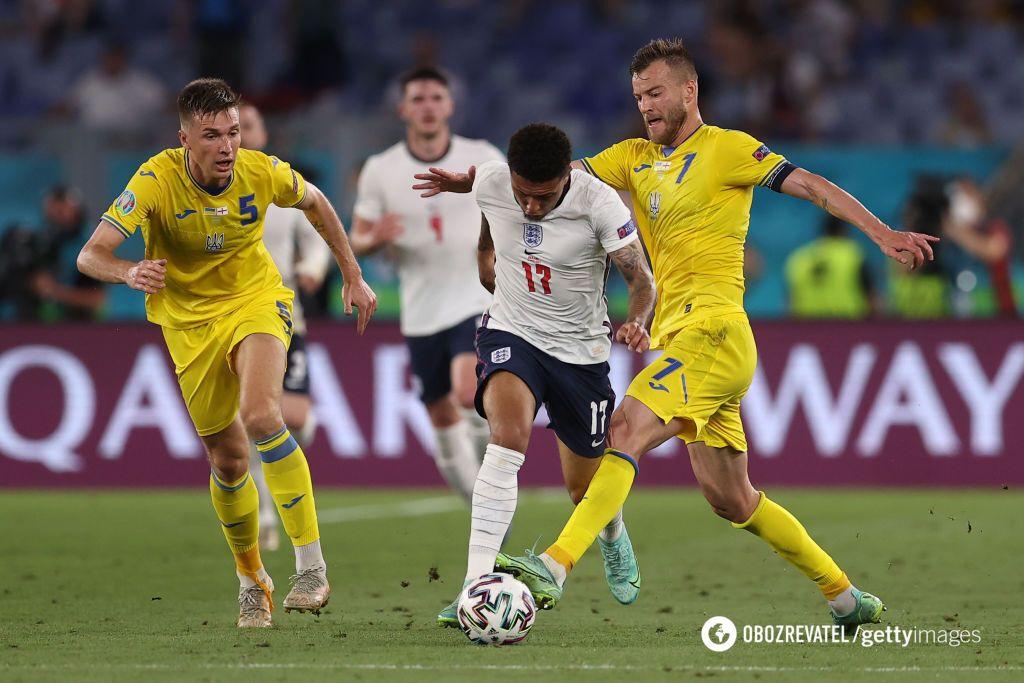 Украина пропустила от англичан 4 гола.