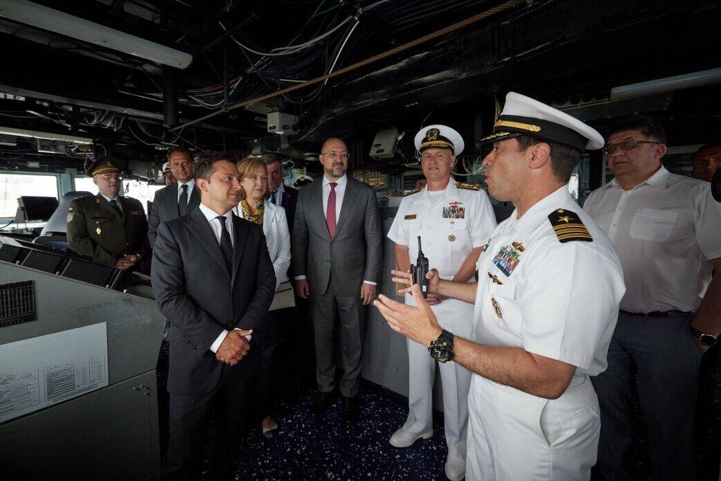 Зеленський на борту USS Ross.