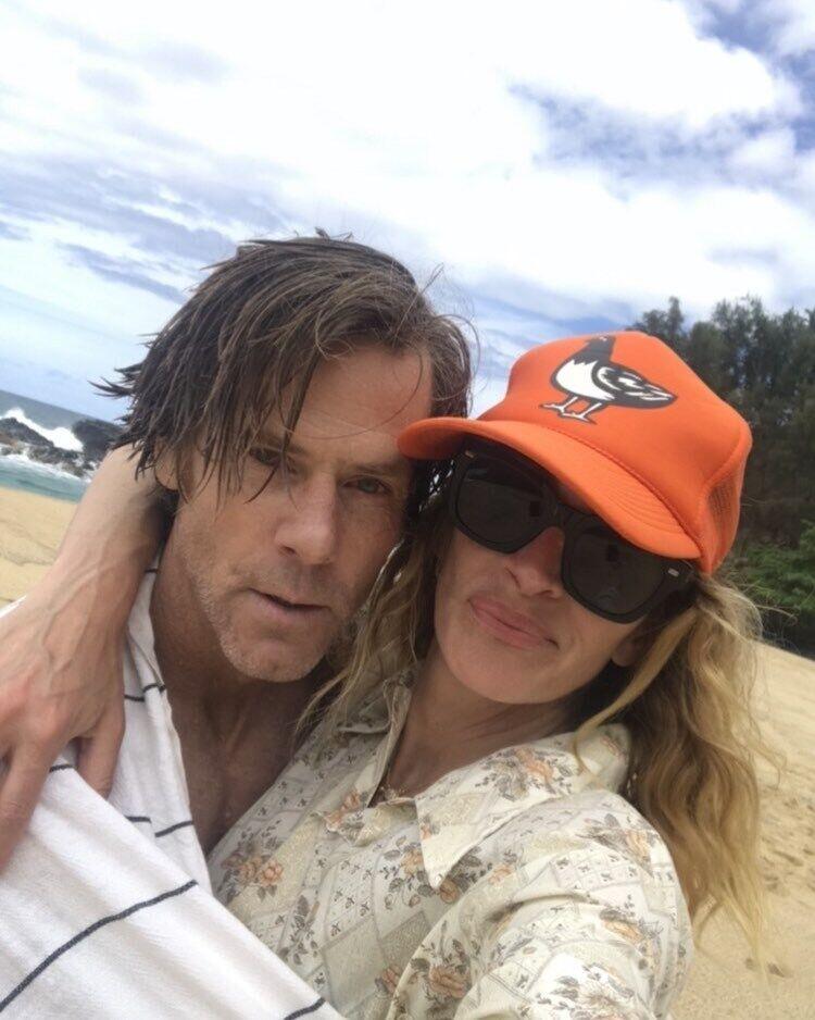 Джулия Робертс с мужем.