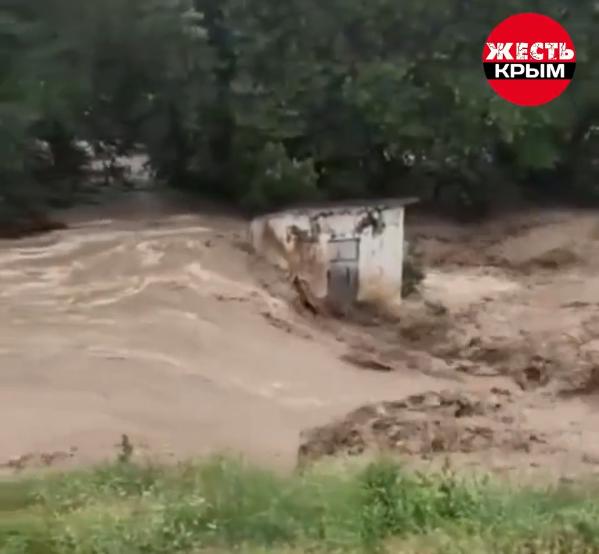 Річка Бельбек вийшла з берегів