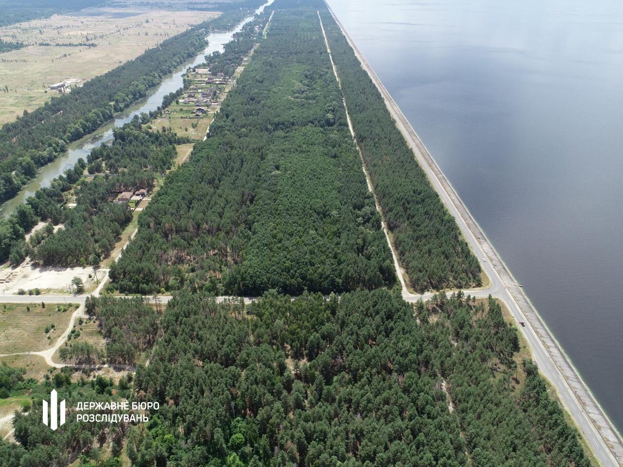 Земля находится в Вышгородском районе.