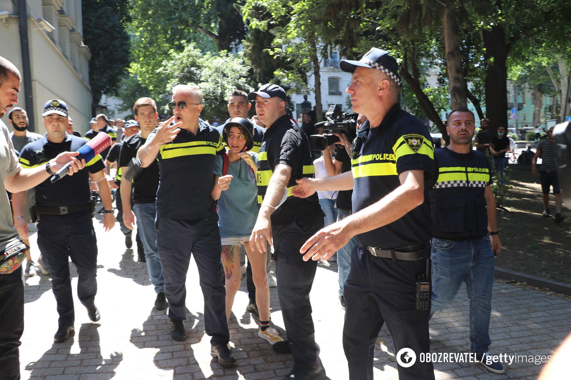 Массовые беспорядки в Тбилиси.