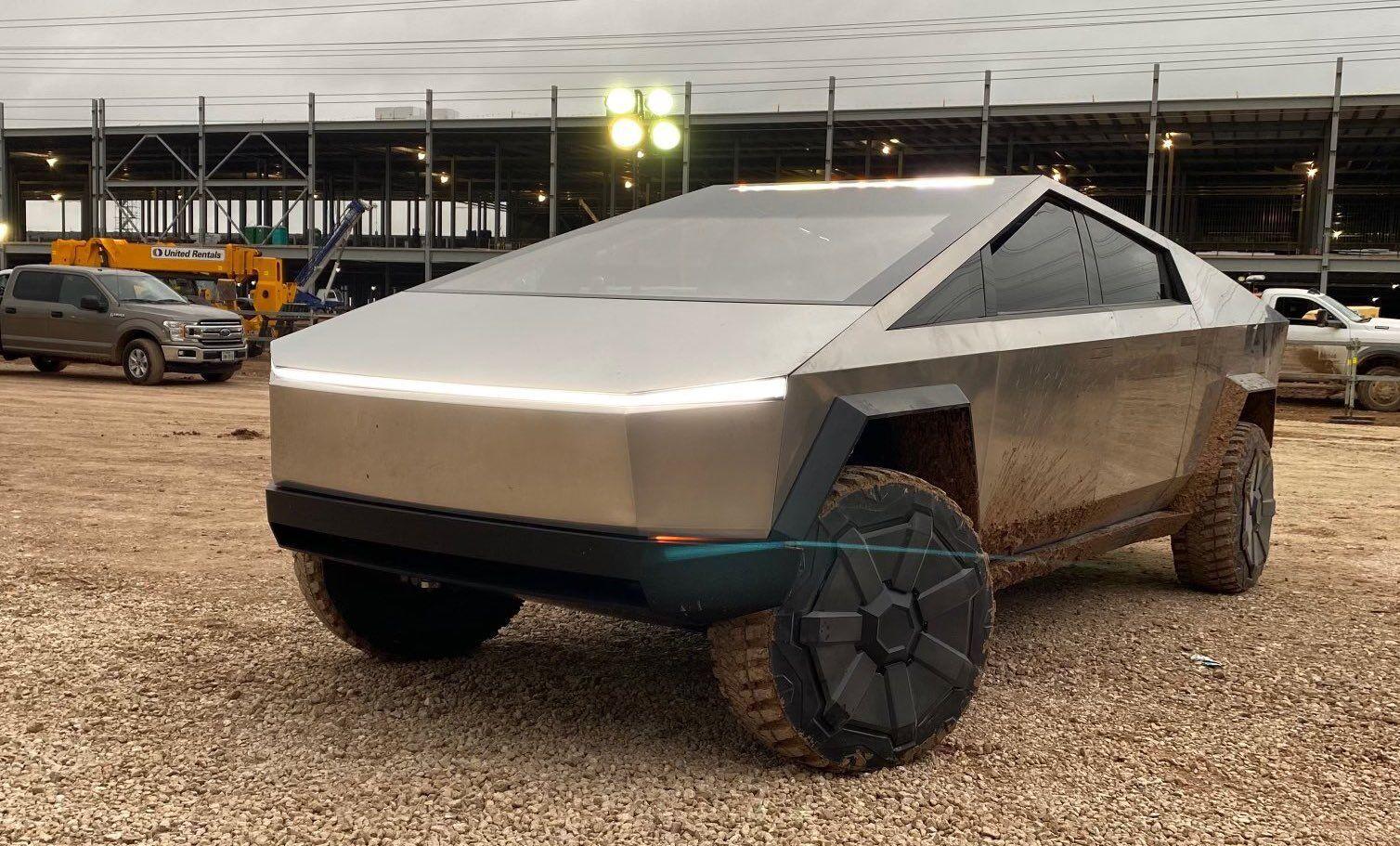 Tesla Cybertruck (2020)
