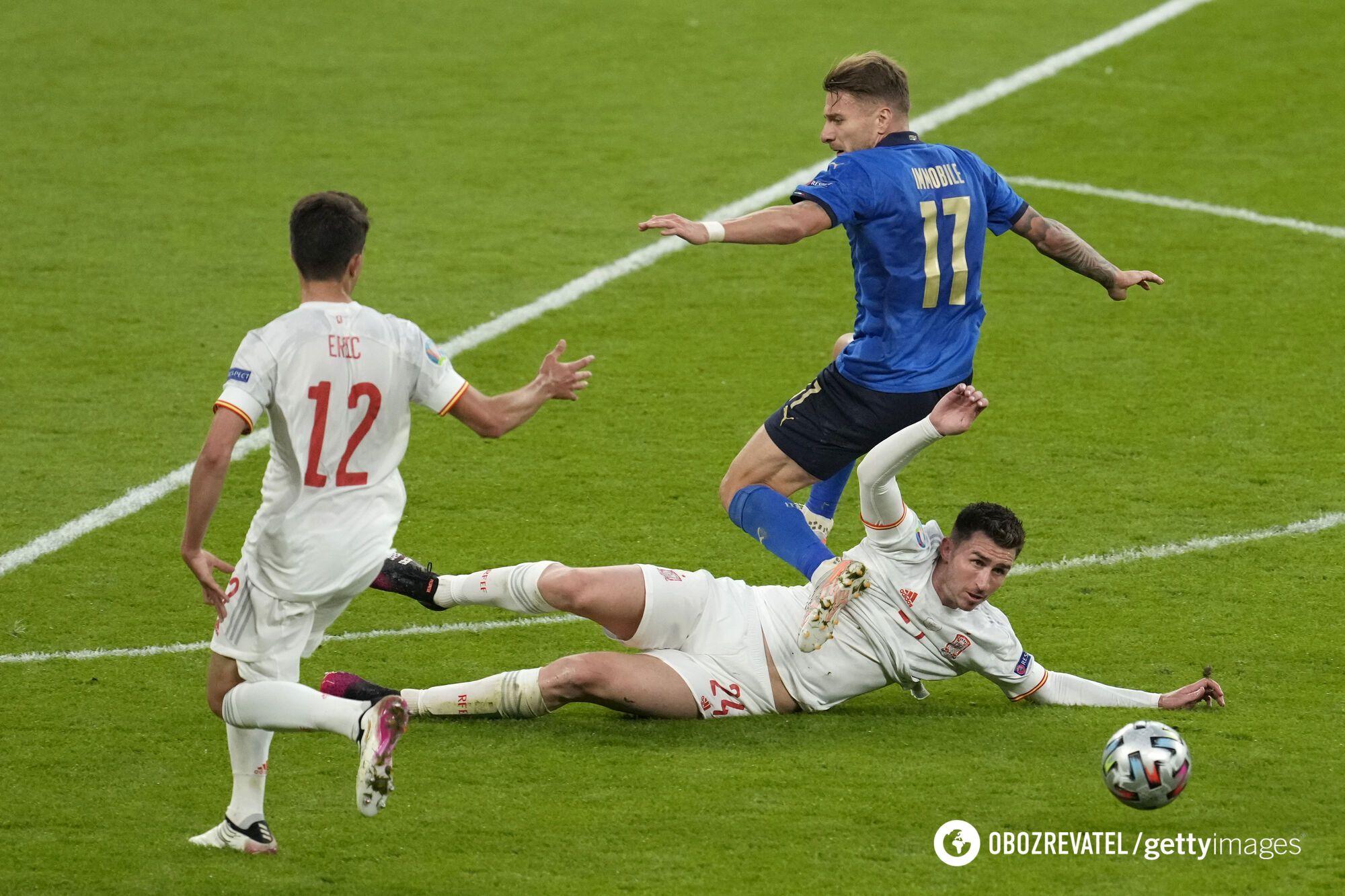 Испанцы владели мячом, но пропустили первыми.