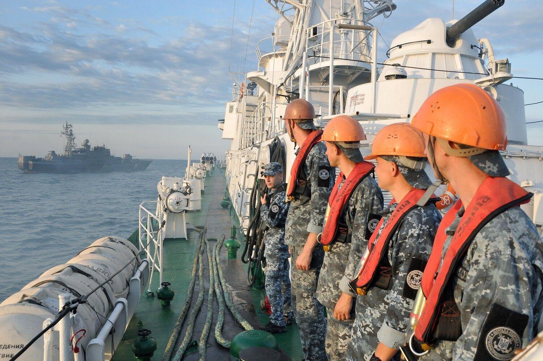 Відпрацьовано перший блок навчальних елементів під час виходу в море