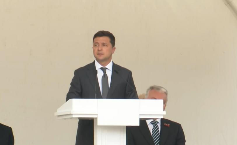 Зеленський під час виступу в Литві.