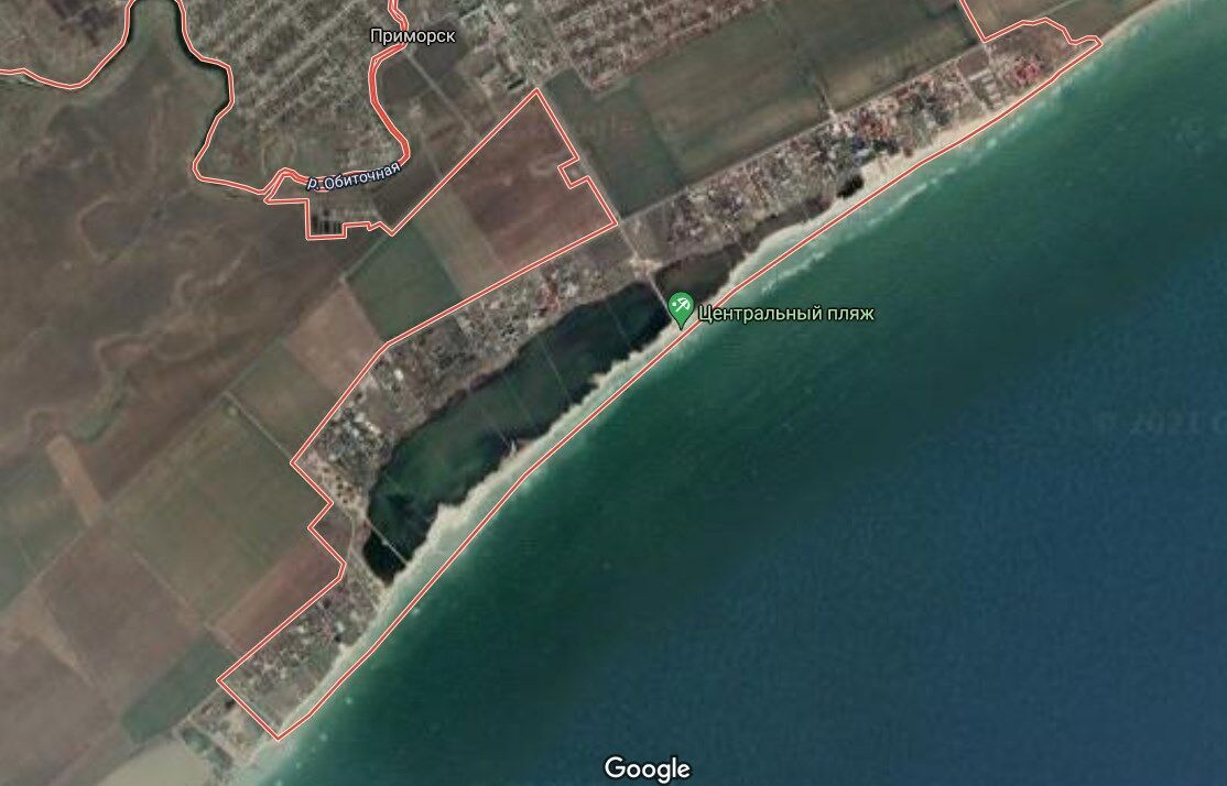 Приморск расположен недалеко от Бердянска на берегу Азовского моря