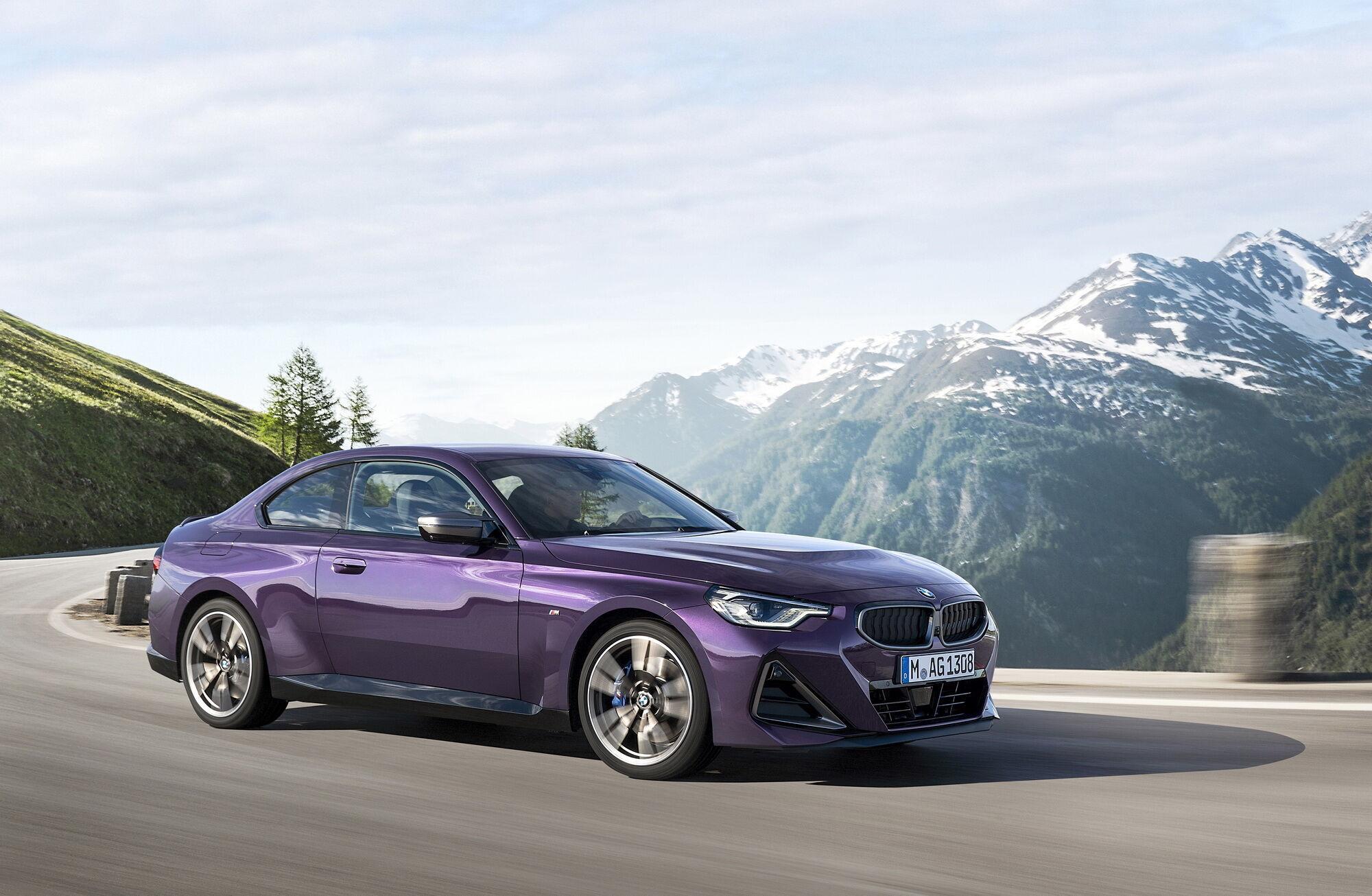 """Топова версія BMW M240i xDrive Coupe оснащена рядної """"шісткою"""" об'ємом 3 літри"""