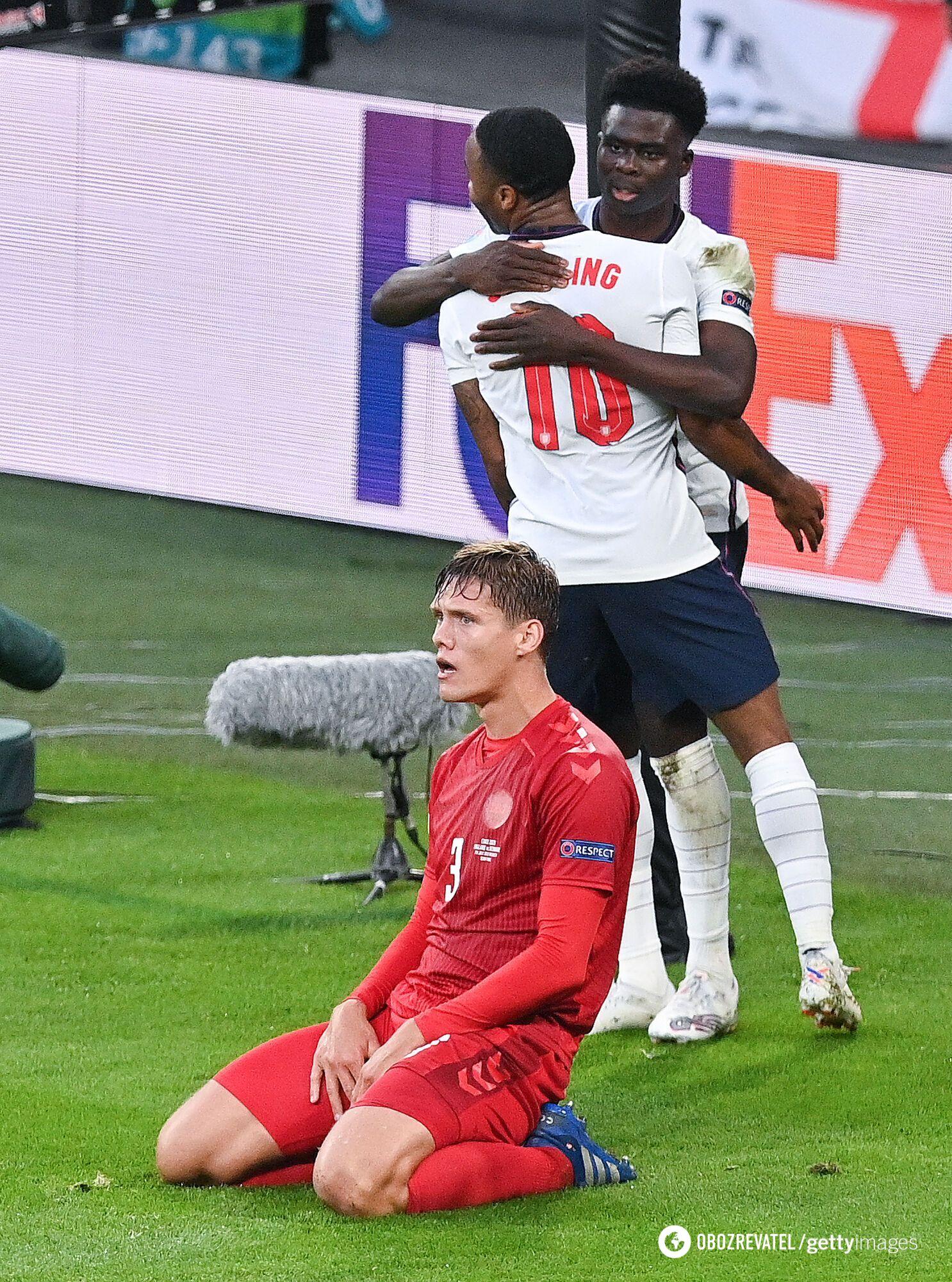 Дания забила автогол.