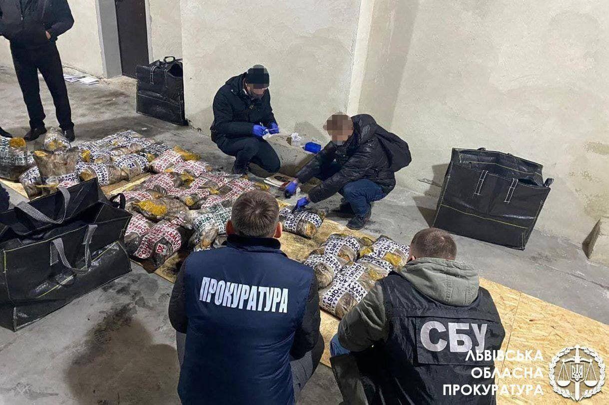 Разоблачение наркогруппировки во Львове.