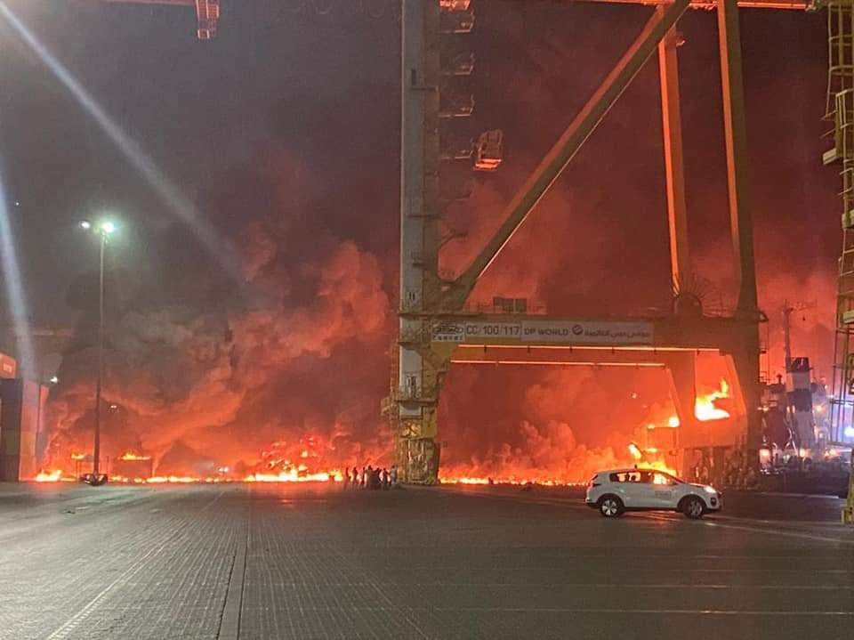 Взрыв прогремел в порту Джебель-Али.