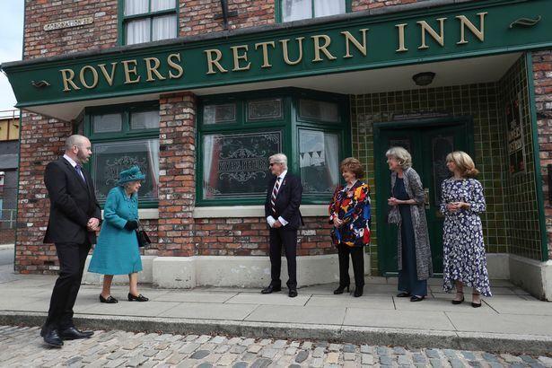 Єлизавета II відвідала студію ITV.