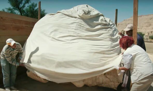 У Єгипті знайшли голову статуї Аменхотепа III.