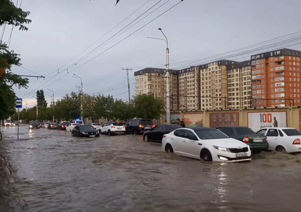 Потоп у Махачкалі.