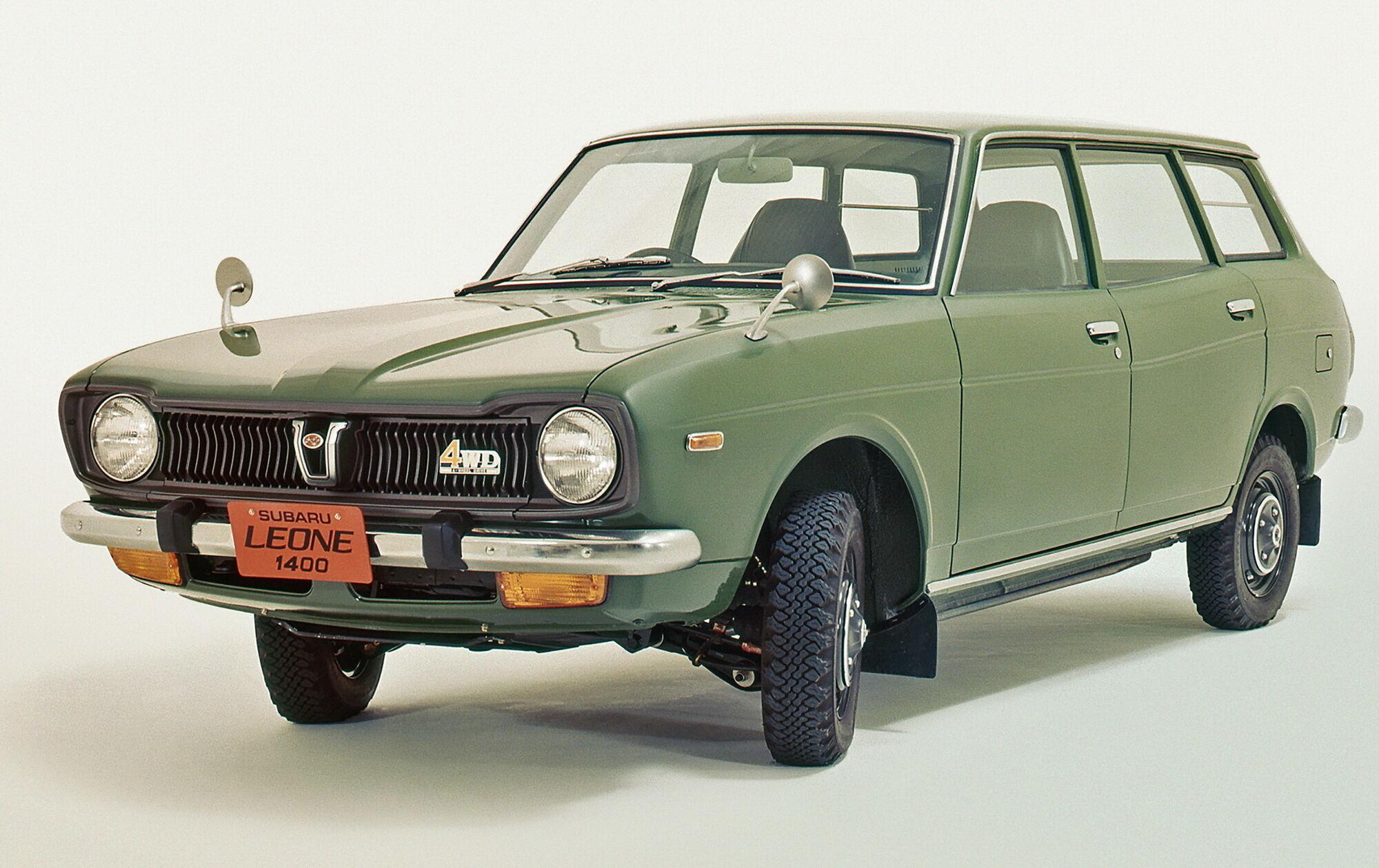 Subaru Leone 4WD Estate Van став першим серійним легковим автомобілем з повним приводом у Японії