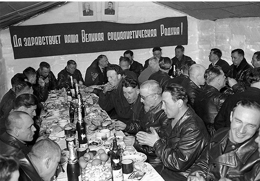 Країна тотального стеження. Як в СРСР побудували Велику Зону