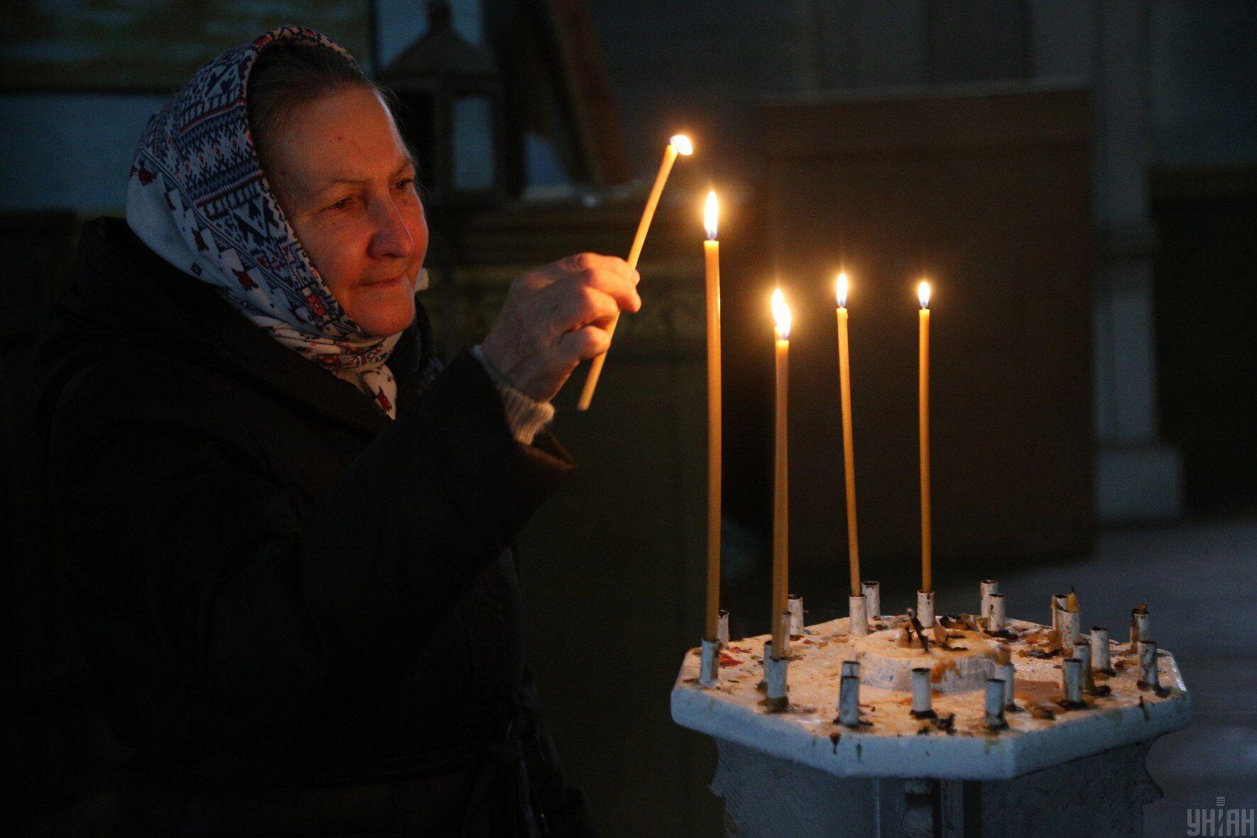 11 августа стоит посетить службу в церкви и помолиться святому Николаю Угоднику