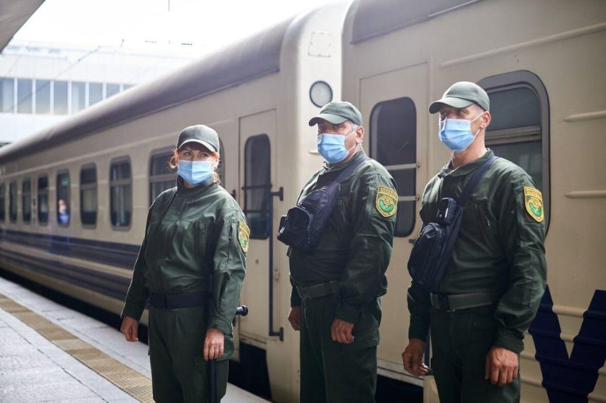 В УЗ працює воєнізована охорона, але на всі рейси її не вистачає