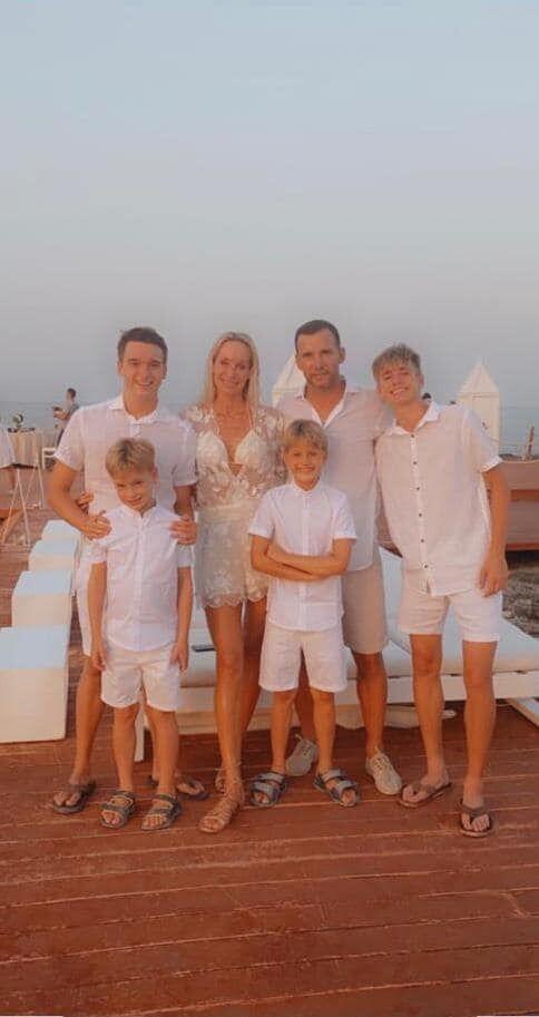 Шевченко із сім'єю