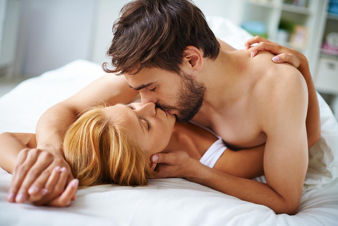 При долгосрочных отношениях секс нужно планировать