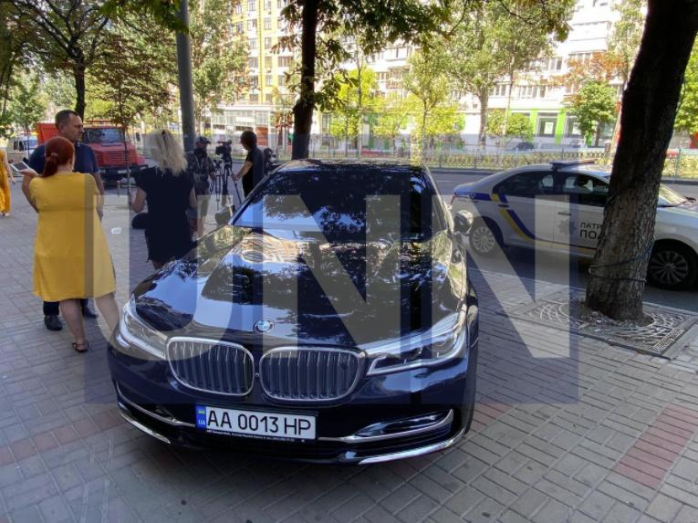 Бизнесмен хотел припарковать машину
