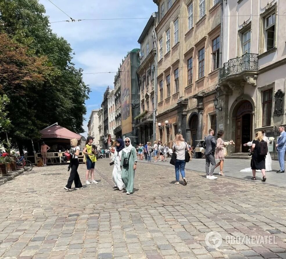 Туристы из Саудовской Аравии во Львове