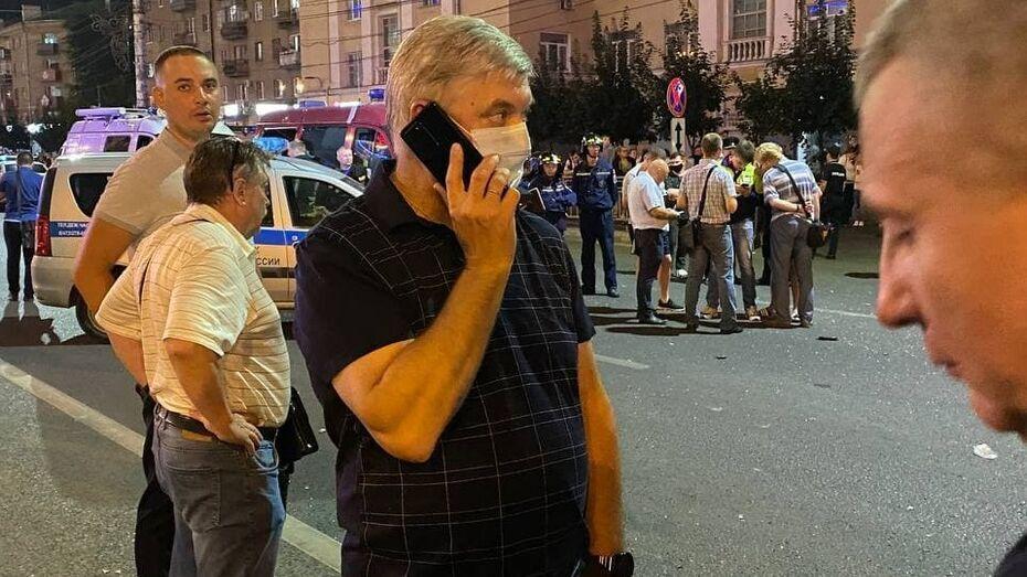 Губернатор Воронезької області Олександр Гусєв прибув на місце інциденту