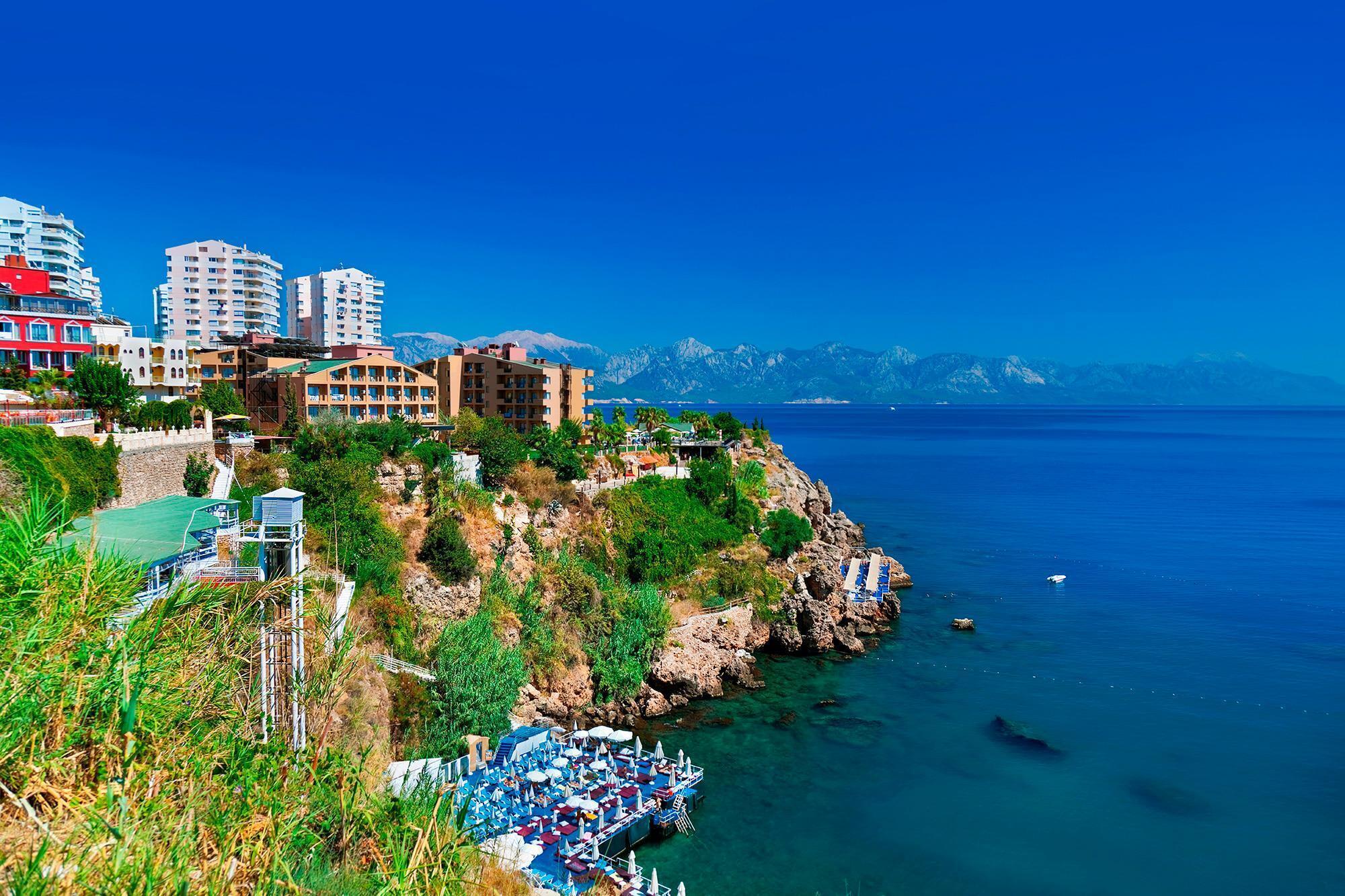 Пляжи в Анталии есть разные, большинство из них – бесплатные