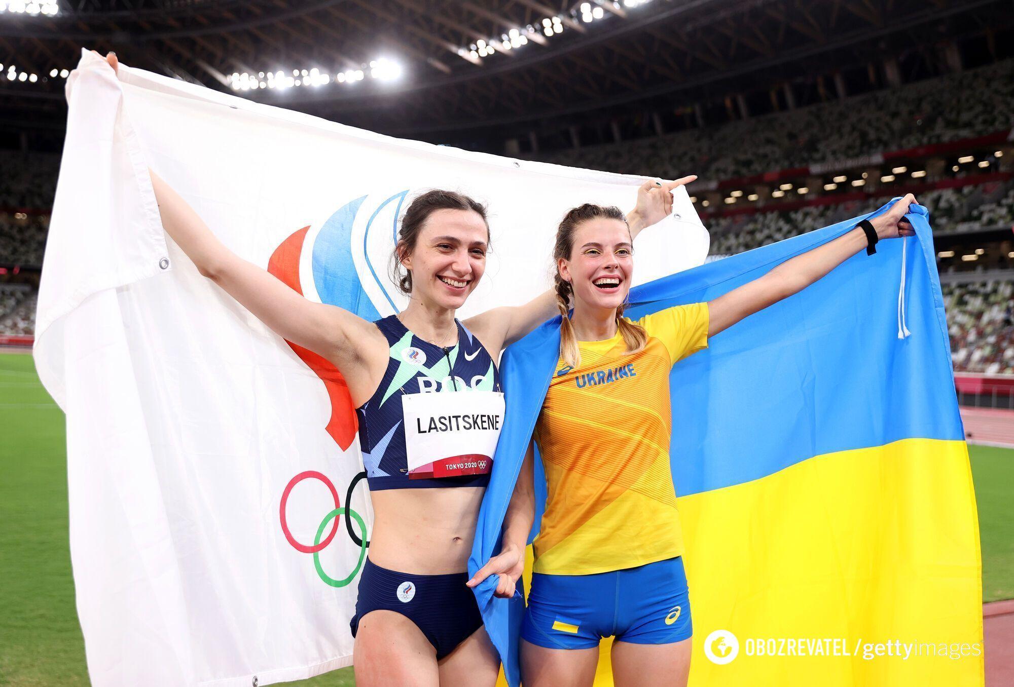Марія Ласіцкене і Ярослава Магучіх.
