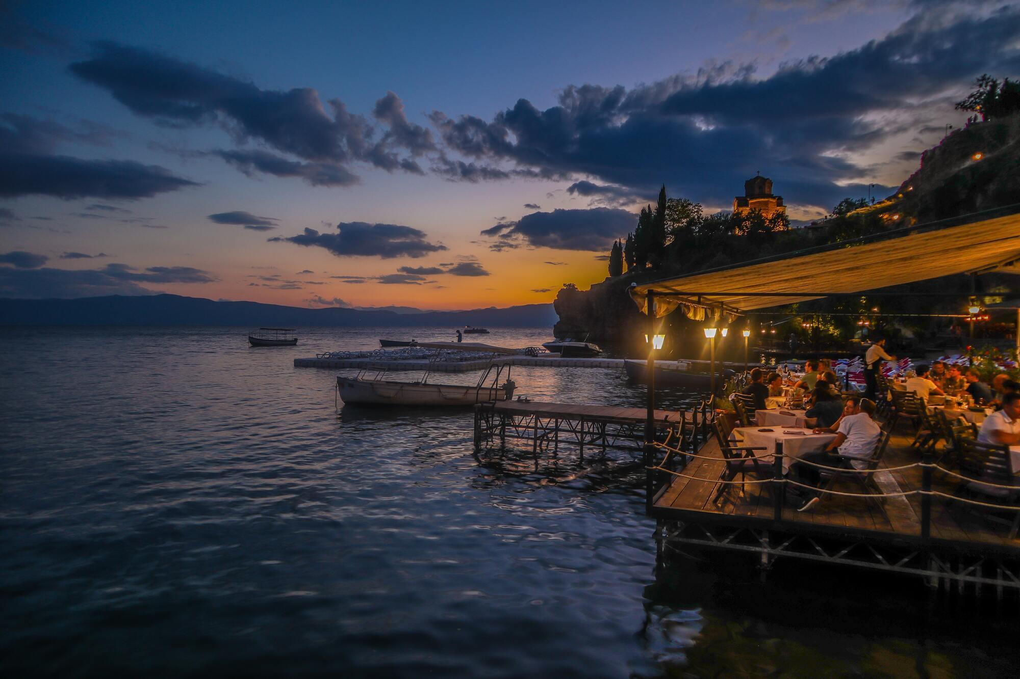 Широкое и глубокое озеро Охрид – визитная карточка Македонии