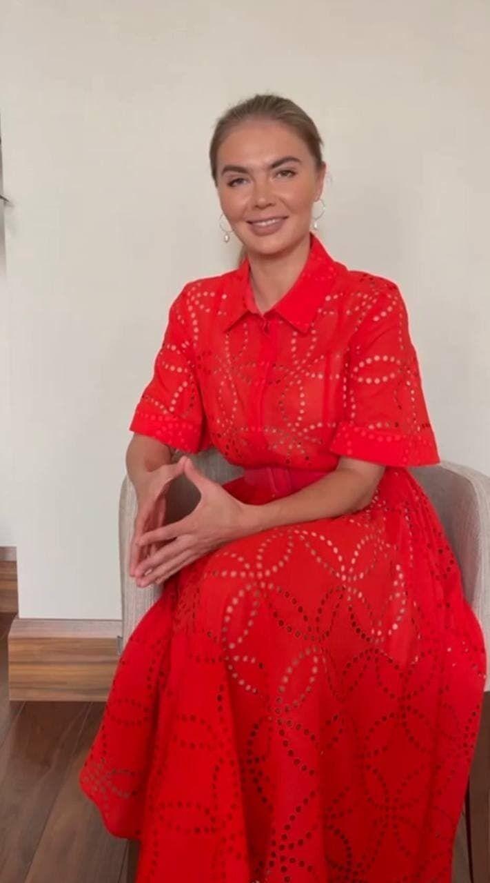 Кабаєва продемонструвала стильний лук