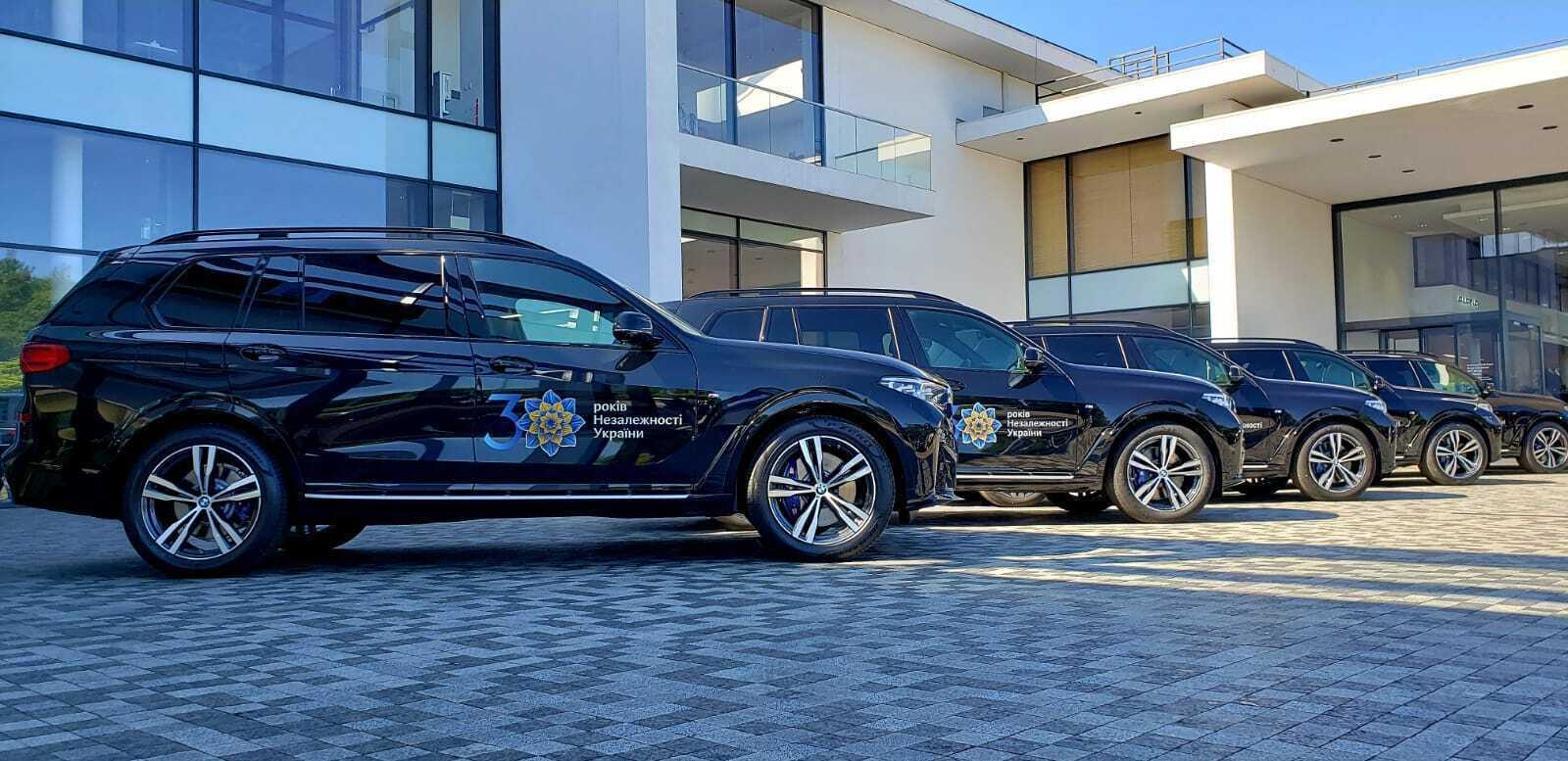 УГО арендовало автомобили для охраны иностранных делегаций