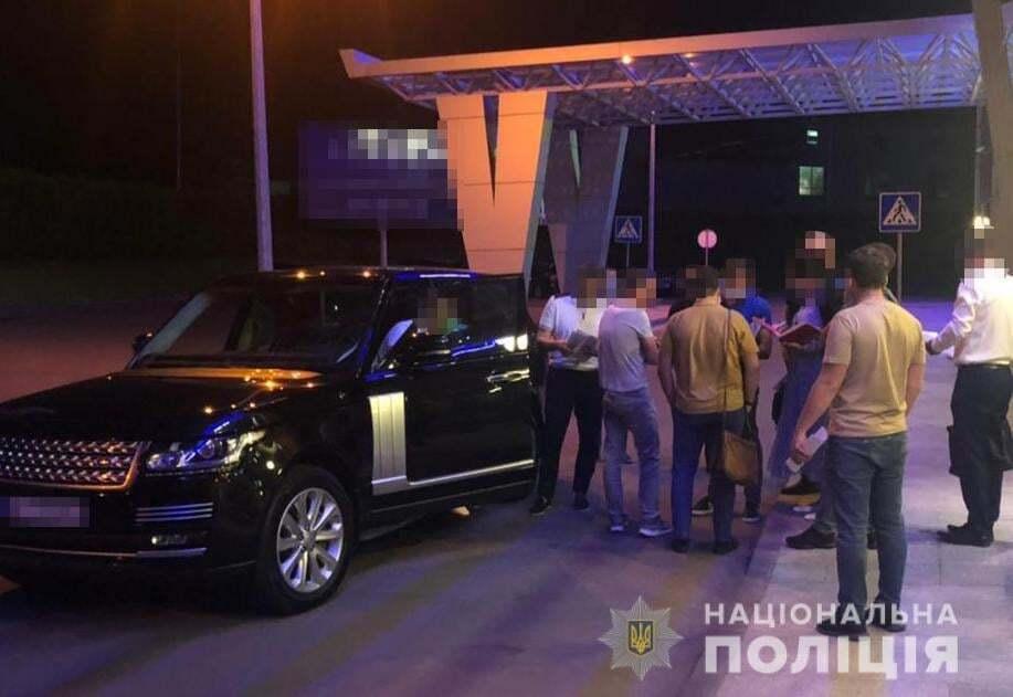 Главу ДПЗКУ затримали в аеропорту