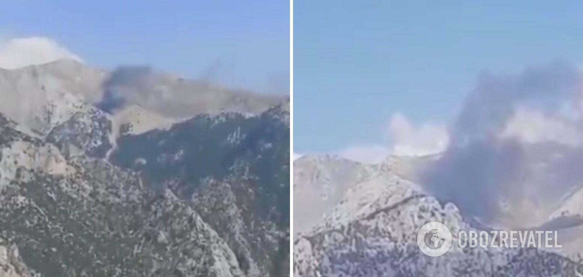 Літак згорів у гірських ущелинах