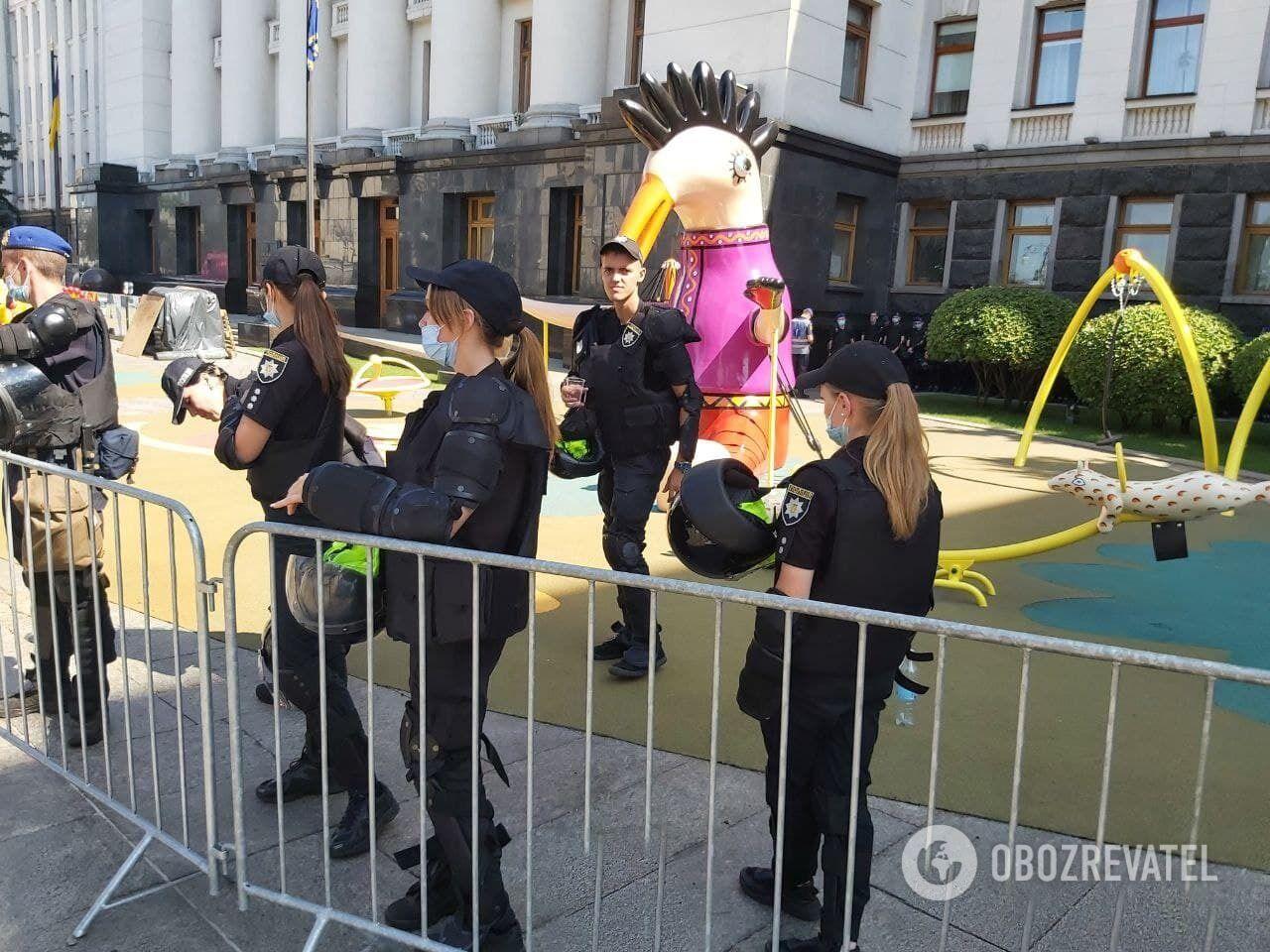 В ОП дежурили несколько десятков правоохранителей