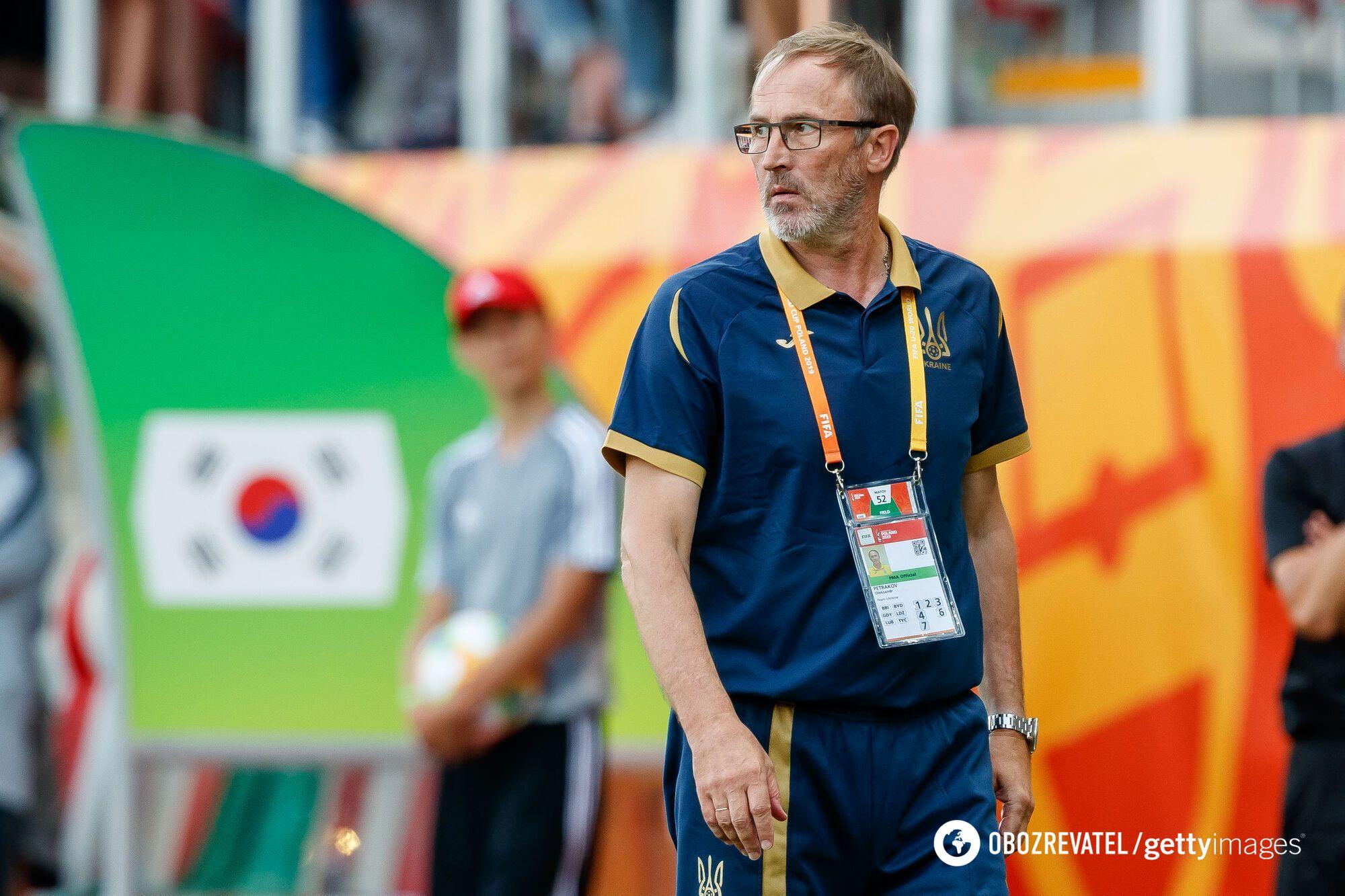 Олександр Петраков прийняв збірну України.