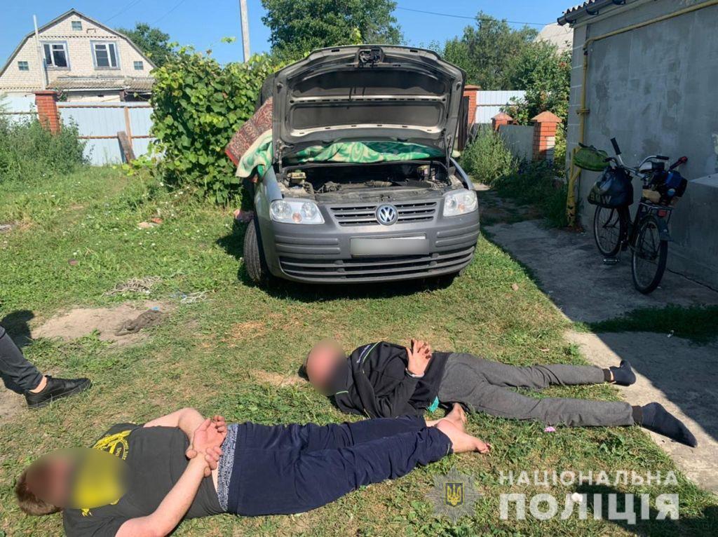 Избили пасечника ради автомобиля.
