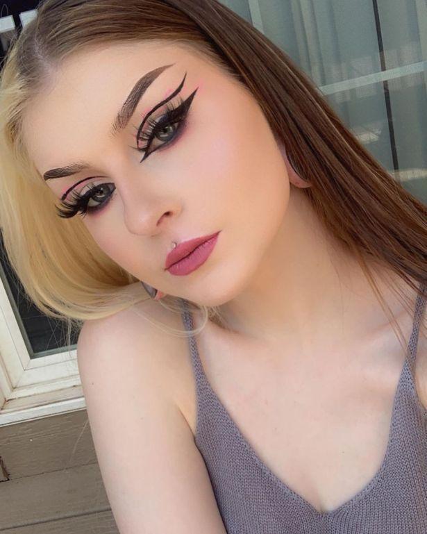 Как выглядит 21-летняя Рейли Дэвис