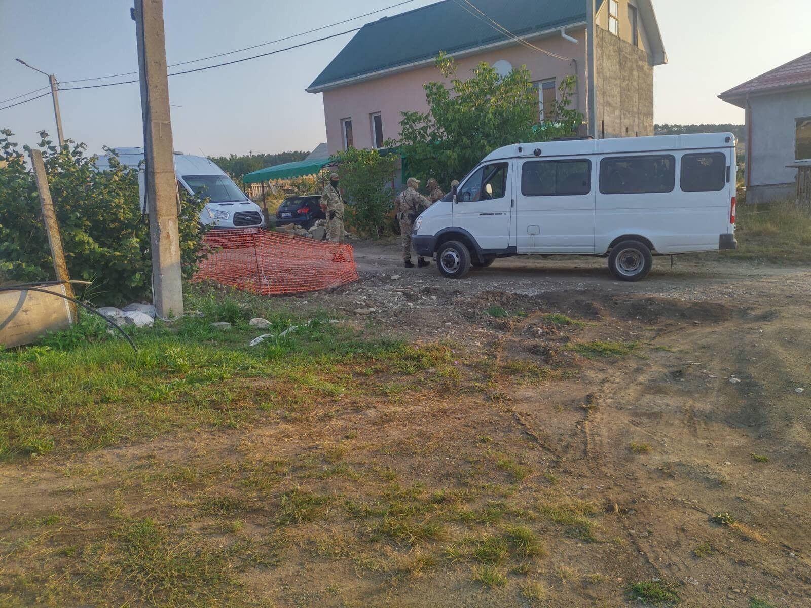 Авто российских силовиков