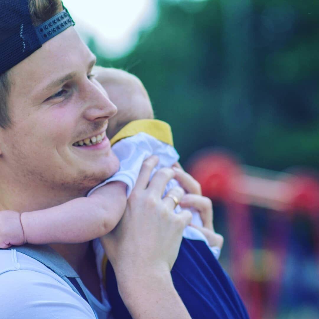 У Євгена залишився 3-річний син