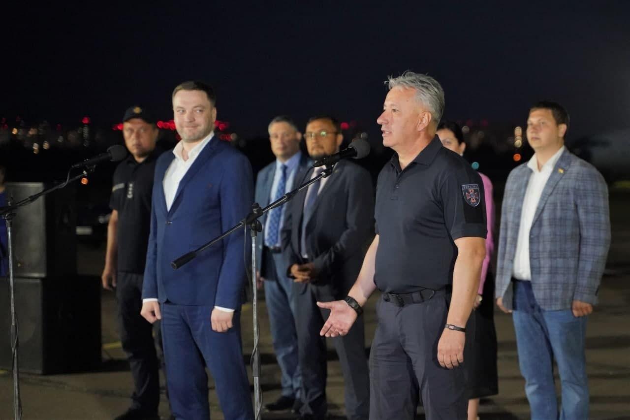Денис Монастырский и Николай Чечеткин