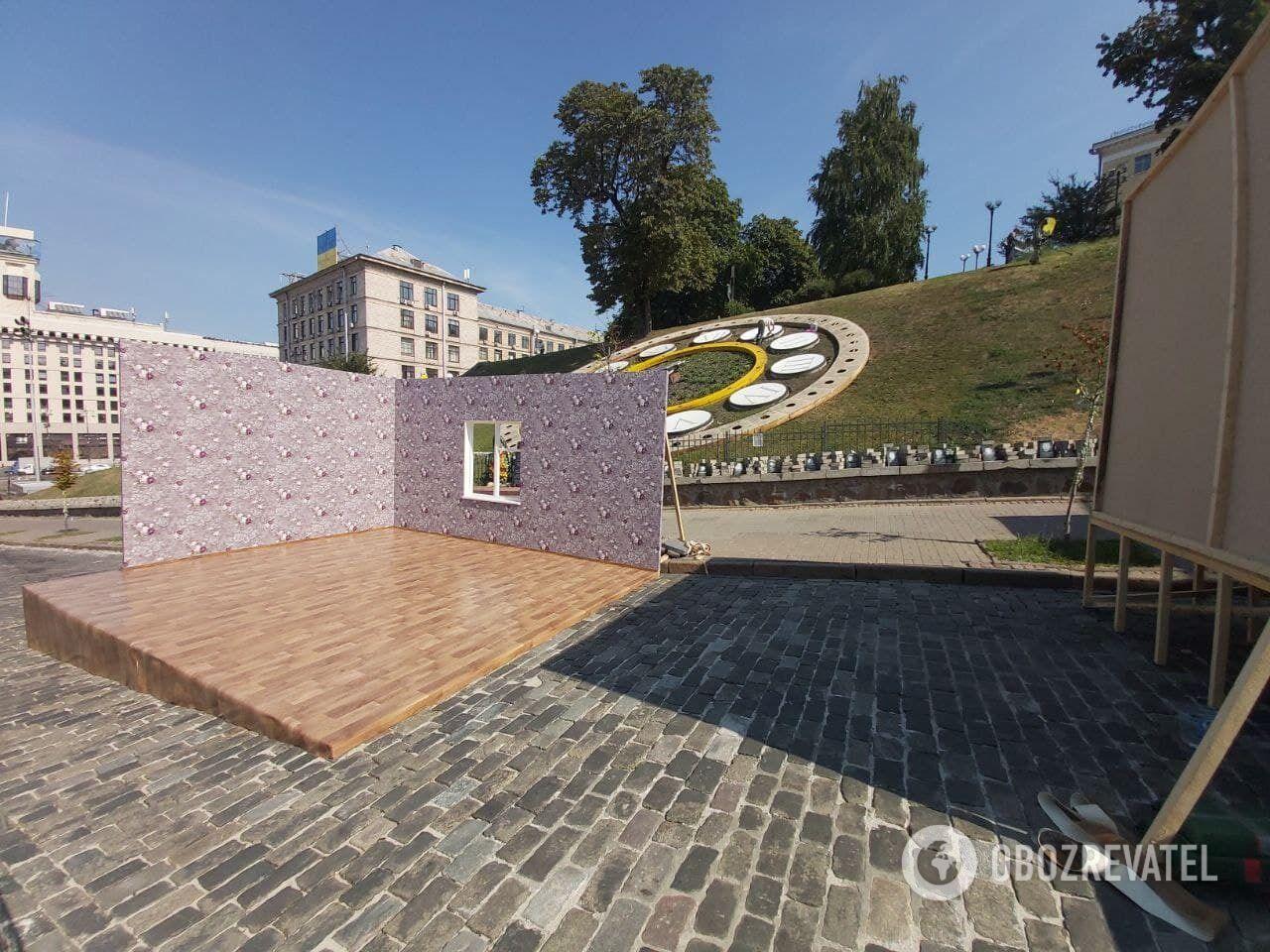 Локації повинні показати український побут різних епох.
